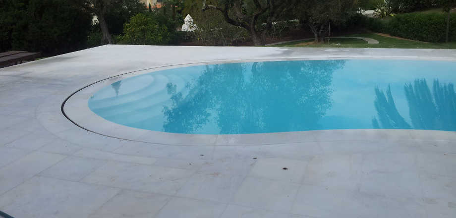 Pool flooring UAE