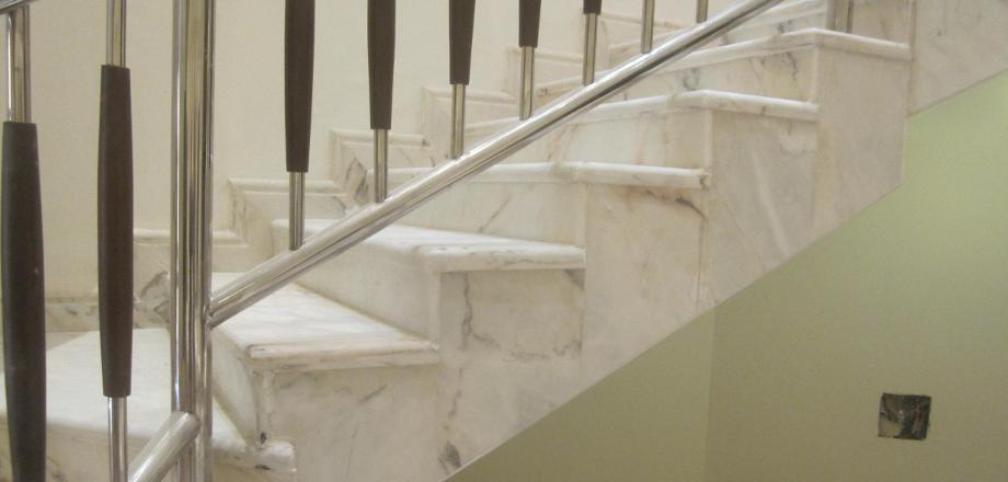 Many Villas Luxury Steps
